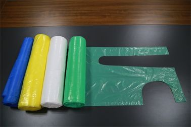 China Colorful Hygienic Disposable Plastic Aprons For Medical And Health Care Use factory