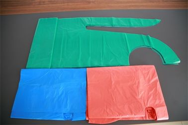 Polythene Disposable Medical Aprons , Throw Away Aprons For Hygiene Nursing